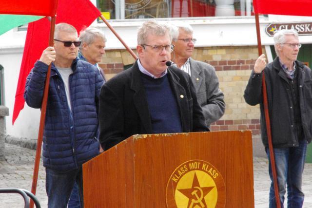Stig Berlin talar på Röd Front i Lysekil